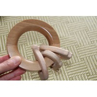 Wooden magnetic ring 1 piece